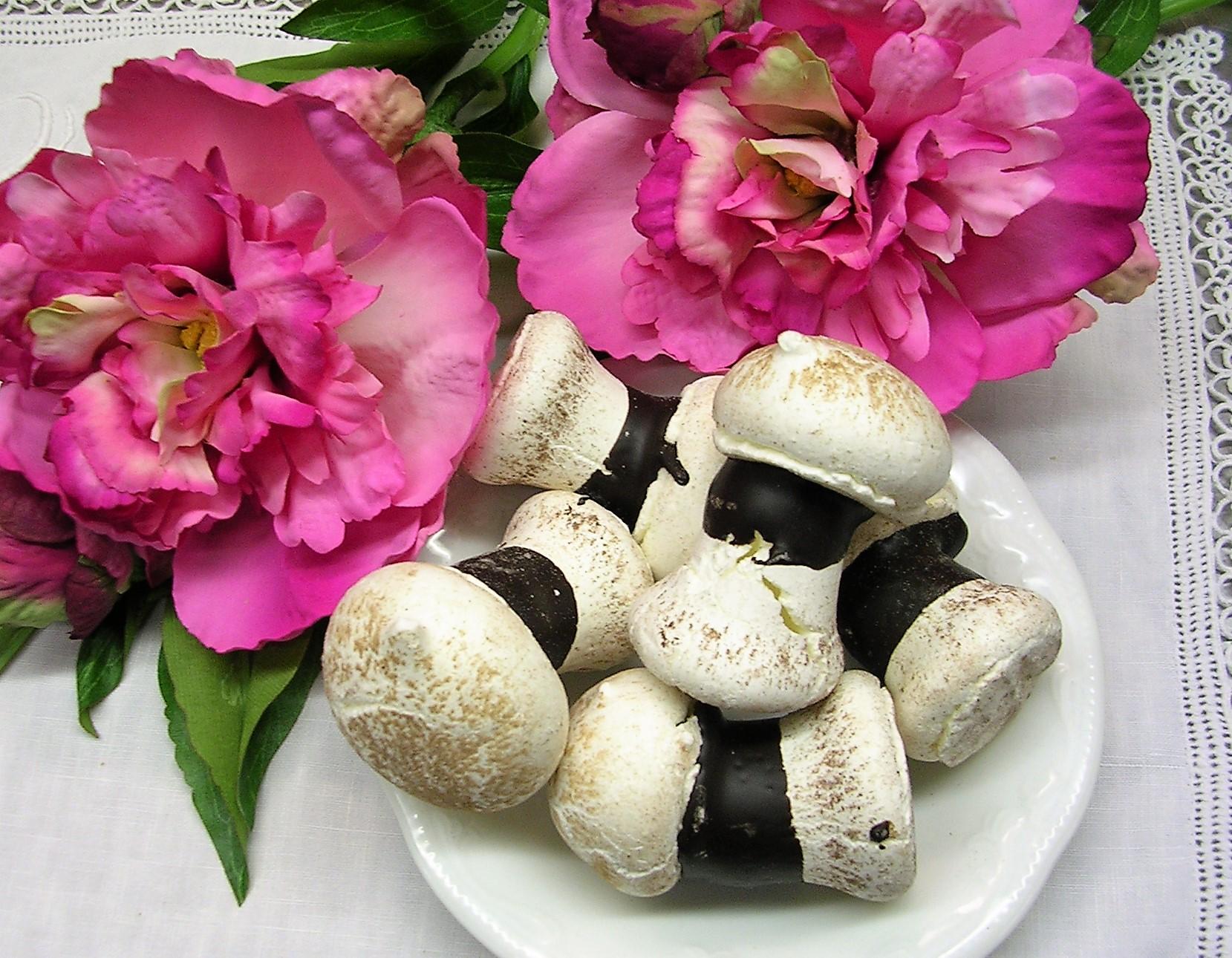 biscotto funghetti meringa